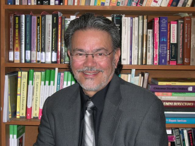 Professor Carlos Munoz